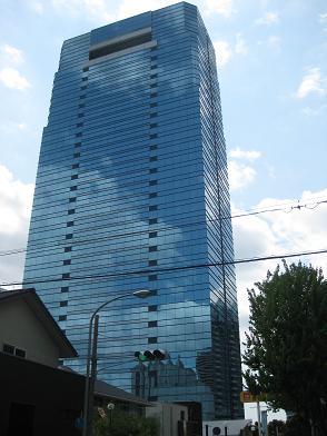 神戸クリスタルタワー
